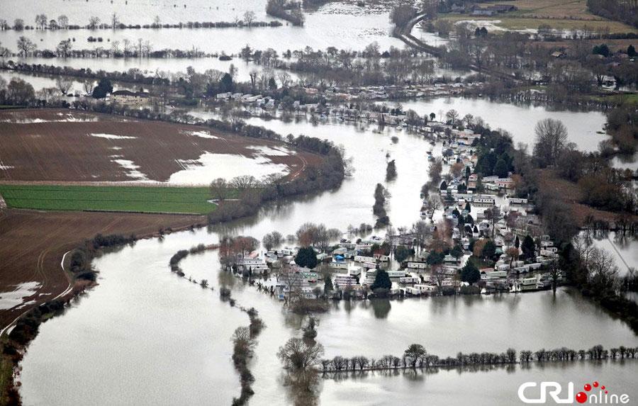 水灾-瞰英国 水墨 洪灾区 高清组图