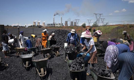 世界银行2014年化石燃料开发资助增23%