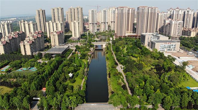 【美丽中国长江行】航拍重庆 绿瞰山城