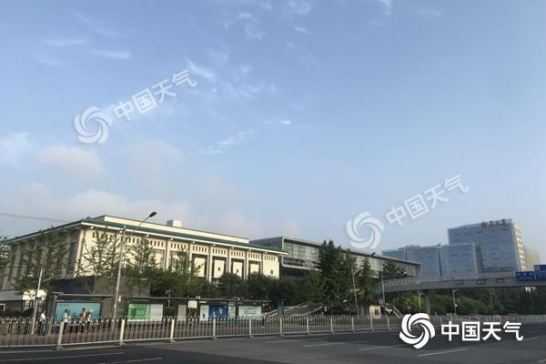北京立秋后雷雨频扰送清凉 秋天还需再等一个月